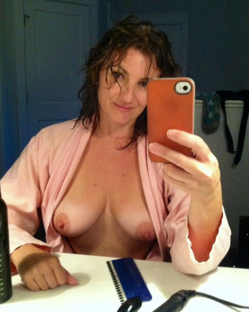 Sex Contacts Doncaster  Yorkshire  Mature MILF looking for nsa