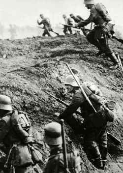 German troops rise over the trenches on the Western Front. Spring, 1918. Unattributed