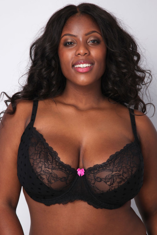 Ebony Plus Size 45