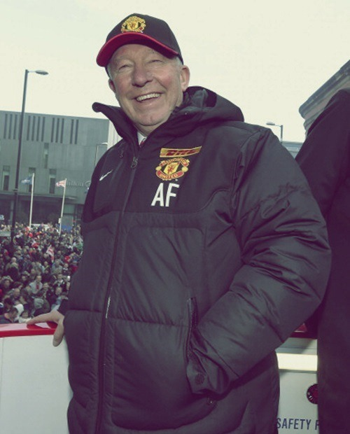 "iloveunited:  ""Since I have been alive, all I have known is Sir Alex Ferguson. He has been fantastic for me and fantastic for the club. I'd like to say thank you to him as well."" - Tom Cleverley"