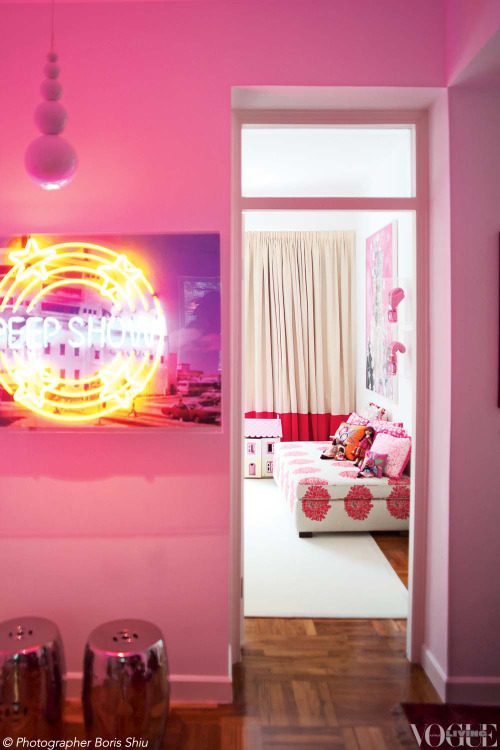 Australian gallerist Mandy D'Abo's Hong Kong home is filled with fun, vibrant artworks, like Peep Show (2011) by Rob and Nick Carter. From 'Gallery View' a story on page 63 of Vogue Living Jan/Feb 2013. Photograph by Boris Shiu.