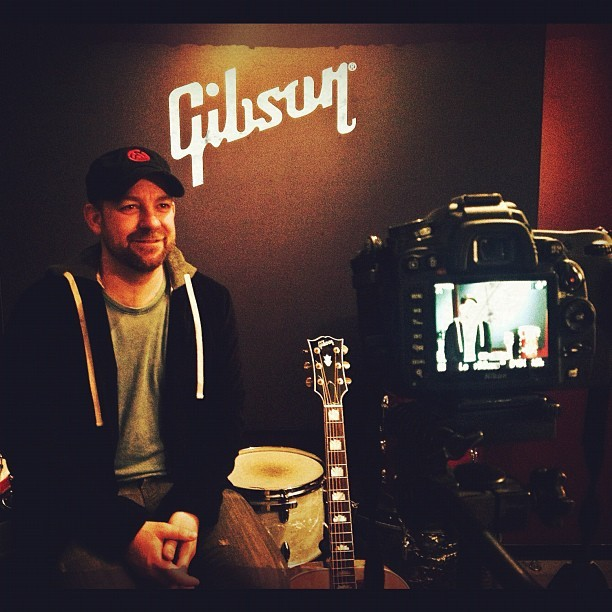 We always have fun when @kristianbush visits! - @gibsonguitar  (at Gibson Showroom)