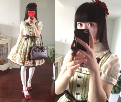 lilythdark:  Today's outfit. Tried on my newly arrived IW dress. Love its design and color choice.:3