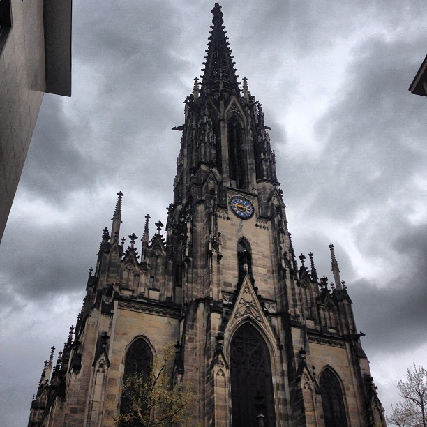Elizabethenkirche #basel #switzerland #church #architecture #building #clouds #sky #iphoneonly #iphoneography #picoftheday #photooftheday #swiss  (at Elizabethenkirche)