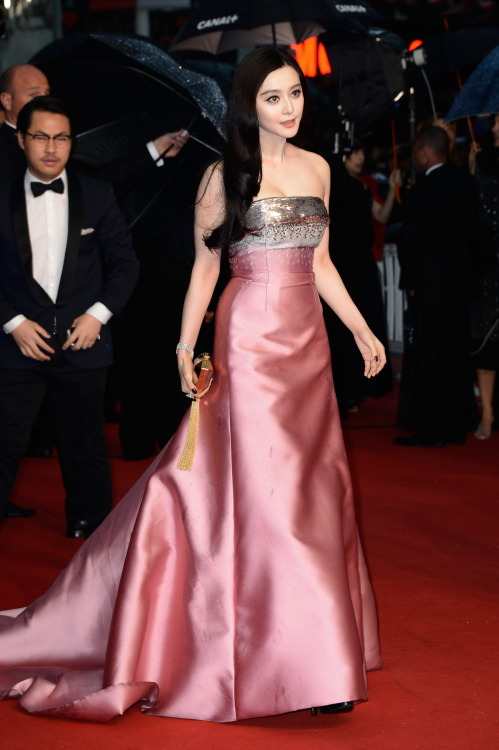 gasstation:  Fan Bingbing at the Cannes premiere of The Great Gatsby, May 16th