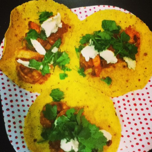 Shrimp tacos for #TacoTuesday. Recipe in the comments. #sexyshred #sxyshred