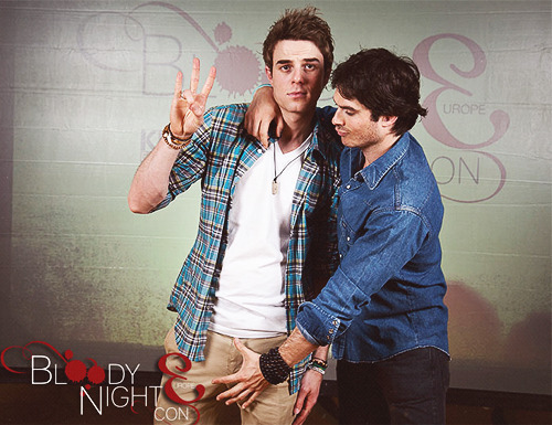 barbiehklaus:  Nate & Ian - Bloody Night Con Europe 2013