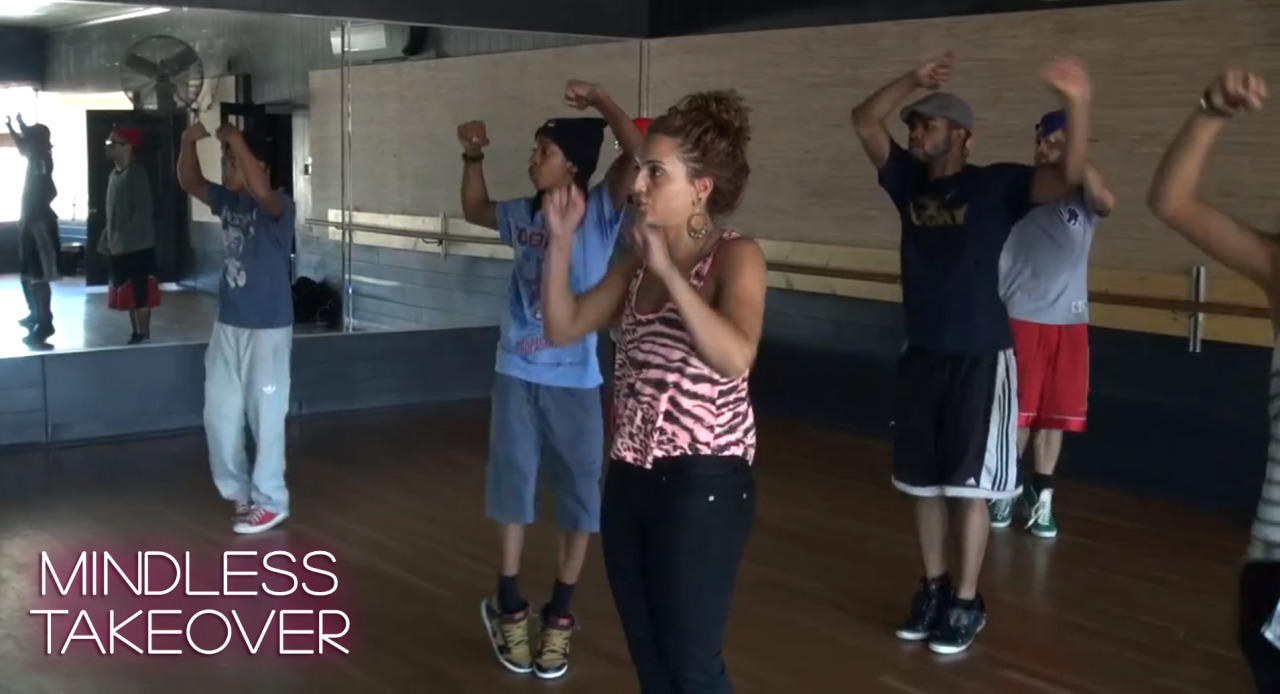 Ray Ray and Roc break down the Ms. Right dance for their dance crew on an all new MINDLESS BEHAVIOR Takeover! which guy is your favorite dancer? let us know in the comments below! http://youtu.be/mUCj6tjfLDo