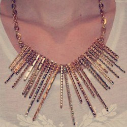#gold #jewellery #jewelry  #statement #necklace #gems #chain #collarbone #disco #ootd https://marketplace.asos.com/listing/necklaces/gold-statement-necklace-iridescent-gems-pyramids-chain-bibs/726209