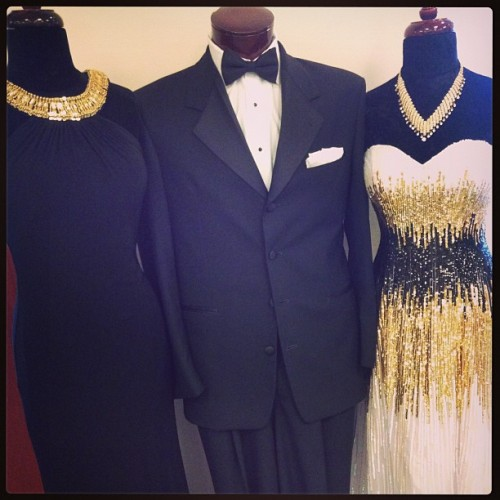 Loving the Black and Gold so sophisticated #prom #pageant #blacktie #elegant #formal #formalapproach