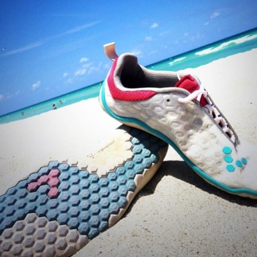 The #VIVOBAREFOOT Evo in the Sun.   Photo by @flyingPRhal