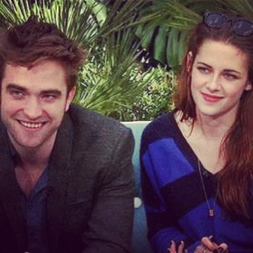 Robsten is Unbroken no matter what they say!!! Forever :D….. #Kristen #Stewart #kristenstewart #robsten #robstenisunbroken #Robert #Pattinson #robertpattinson #alwayssupportingkristen #forever