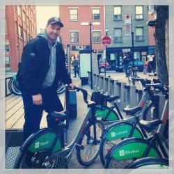 Don't look now but the Bixi is back!