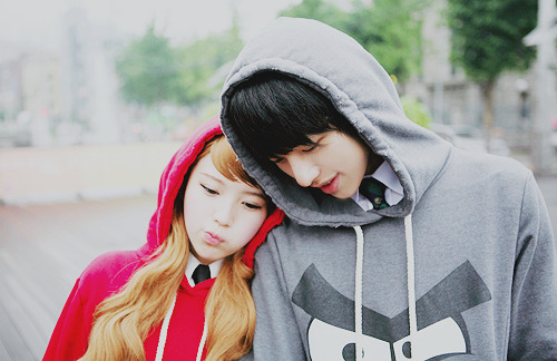 alilleypad:  korean love | | via Tumblr on We Heart It - http://weheartit.com/entry/57619286/via/DelightfulDrea