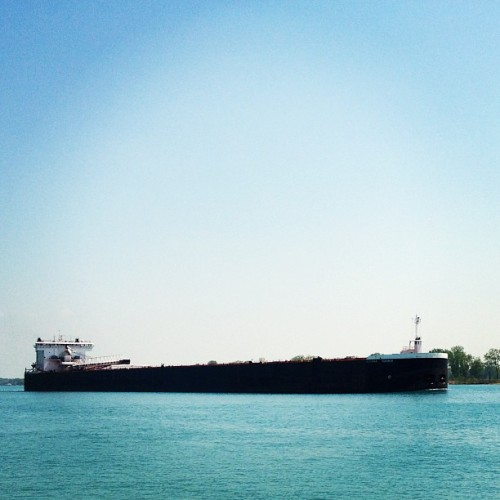 1000+ Feet of steel.    #greatlakes #freighter #shipping #stclairriver #harsensisland #puremichigan