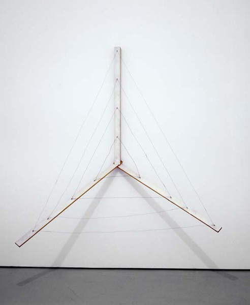 Al Taylor Untitled: (Wire Instrument). 1989 Wood, paint and wire 191.8 x 182.9 x 83.8 cm VIA