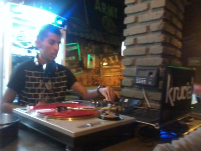 DeeJay Krucial At Wings Army Celaya! 0_o