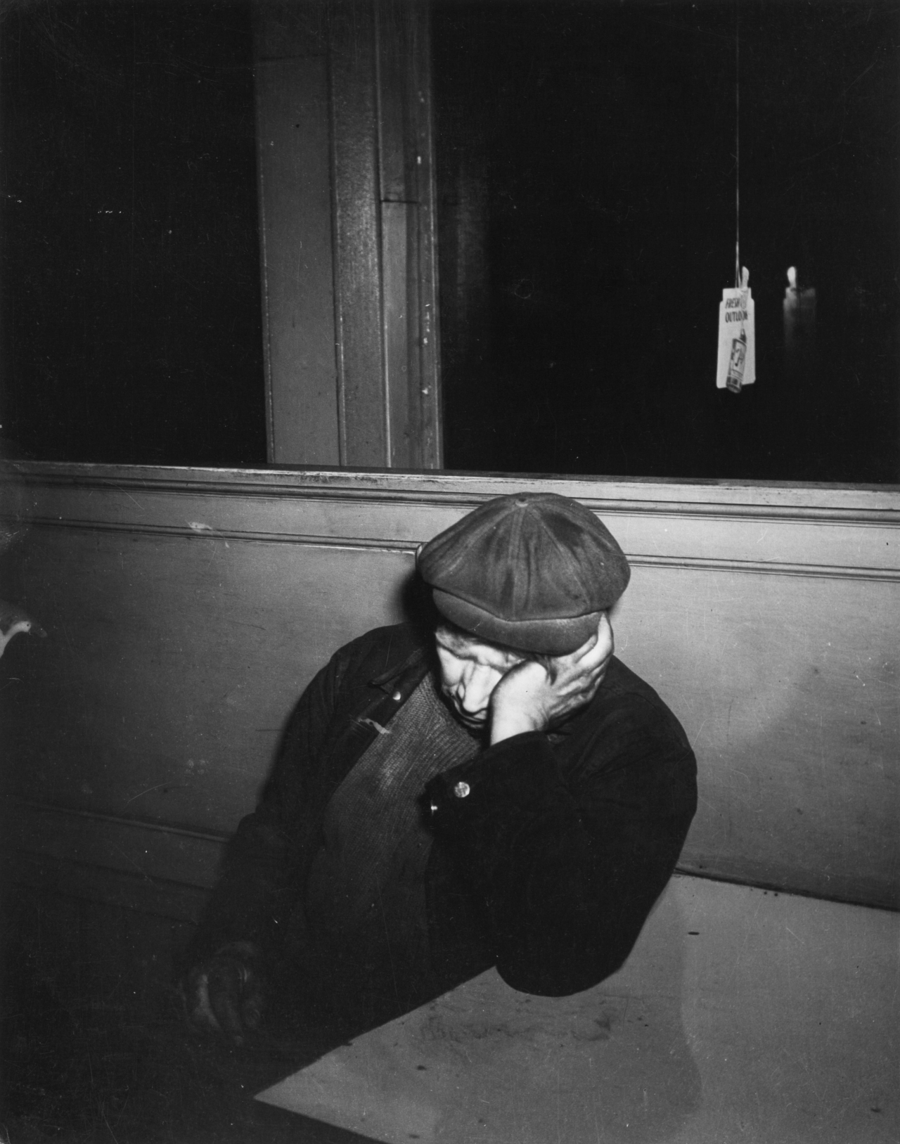 Weegee: Sleeping at the Bar, 1939