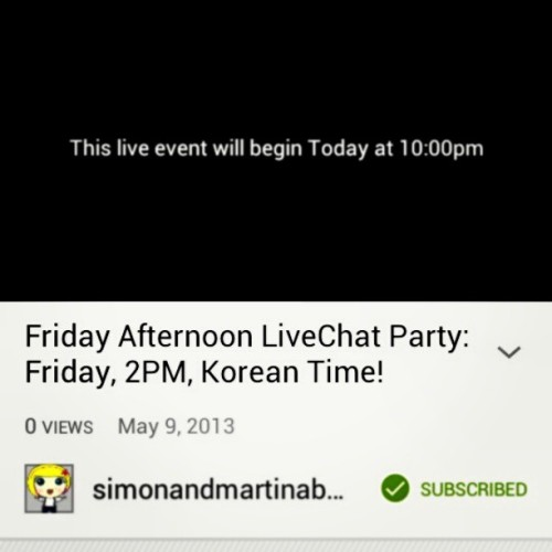 Finally for once!:D #livechat #eatyourkimchi #simonandmartina @eatyourkimchi #lovelovelove #yaayyy #soonassttyy #ayygurrll #wootwoot