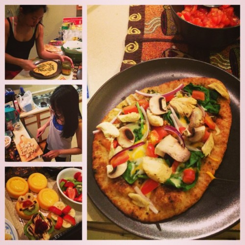 #pizza #fruittarts #instayum yay roomie dinner!! #chefjess @leesa_win @chingarooo