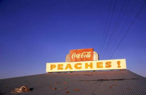 bobbycaputo:  The Glory Days of Old-Fashioned Color Photography   A beautiful new book from Aperture, Color Rush: American Color Photography from Stieglitz to Sherman, examines the history of color photography from its origins in 1907 and the unveiling of autochrome, the first commercially available color process, through 1981 and that year's landmark exhibition and bookThe New Color Photography.   During the space of those 74 years, the list of renowned photographers whose careers were marked by their use of color is seemingly endless, including Alfred Stieglitz, Irving Penn, Walker Evans, Stephen Shore, Philip-Lorca diCorcia, Nan Goldin and Cindy Sherman, among many others whose work is featured in the book.   Making for a well-rounded depiction of the prevalence of color photography, the pages of Color Rush are also full of film stills, advertisements, newspaper clippings, fashion magazine shoots, spreads from National Geographic, and other mediums providing enough material to make any photography aficionado happy.    (Continue Reading)