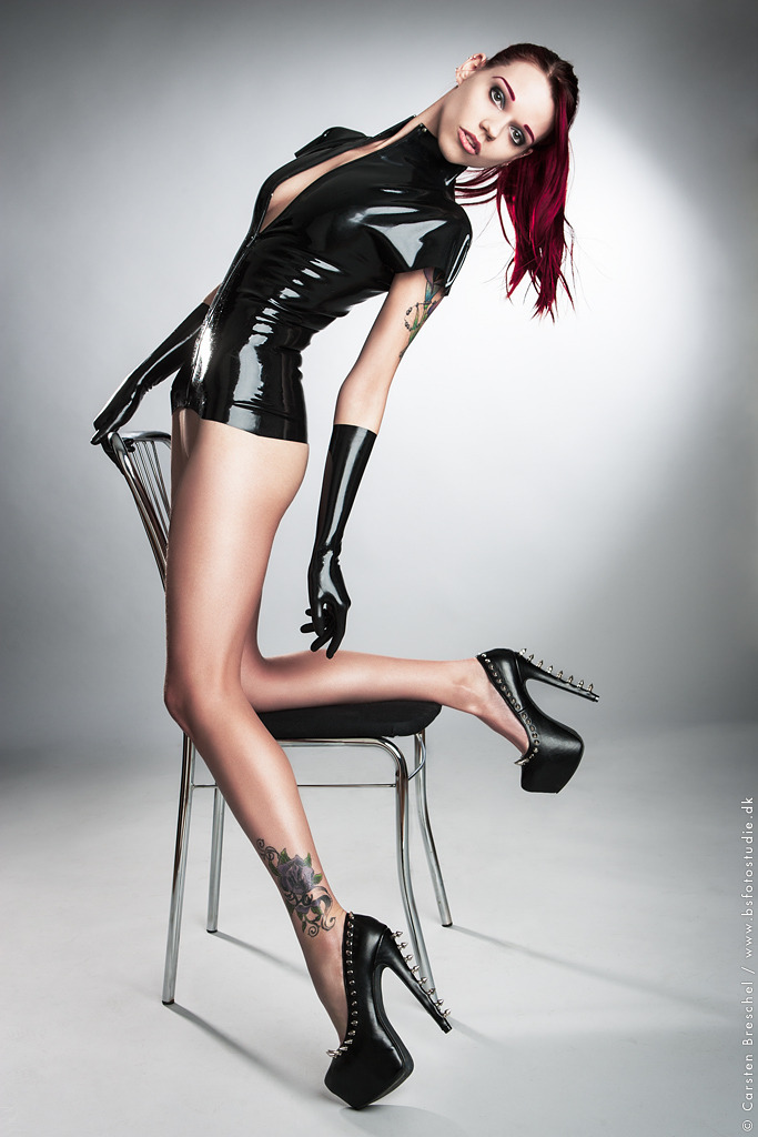 latexetc2:  Latex by *MissCandy08