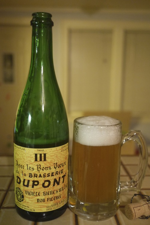 DAY TWO Avec Les Bons Voeux : Brasserie Dupont, Belgium : Saison, 9.5% ABV Holy hell, this beer.  My love for Belgian saisons knows no bounds, and this is going in the regular rotation along with Ommegang's Hennepin, Saison Dupont (also from this brewery), and Brasserie St. Feuillian Saison.