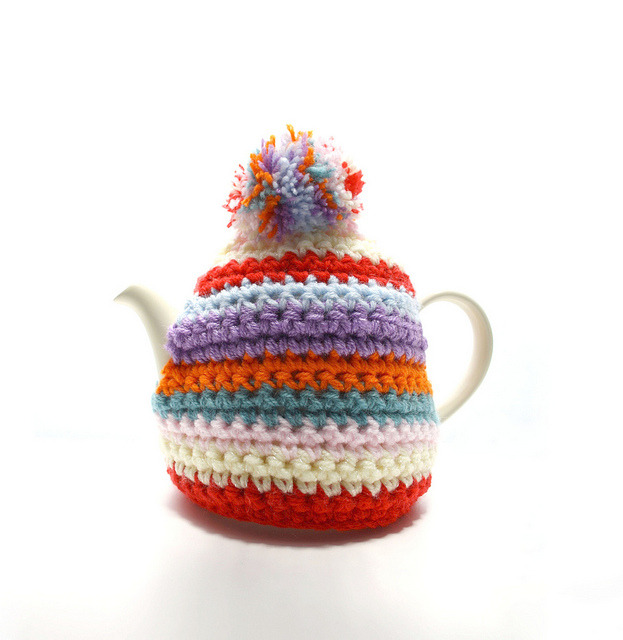 Bobble Hat Style Tea Cosie by GezuntehMoid on Flickr.Love the colours in this!