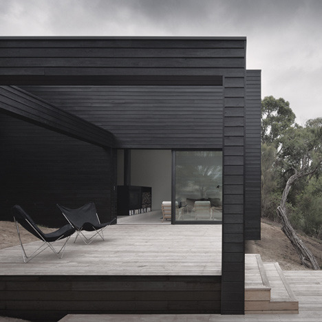 Ridge Road Residence by Studio Four Amy Frearson, dezeen.com This rural residence outside Melbourne by architects Studio Four features a blackened timber exterior and terraces that step down a hill (+ slideshow).Amy Frearson
