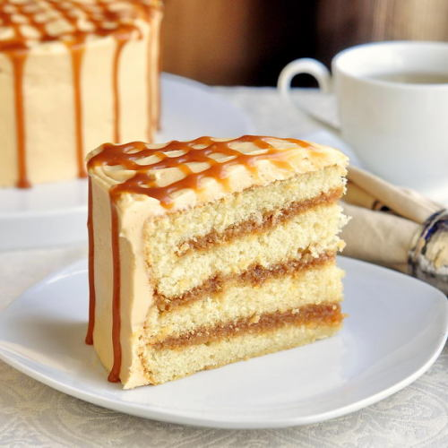 fattiesdelight:  The Best Caramel Cake