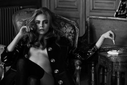 digital-future:  Cara Delevinge for Interview Magazine by Peter Lindbergh