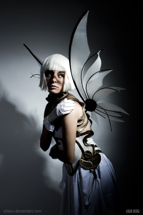 cosplaygen:  (via Take me by ~xDanu on deviantART)