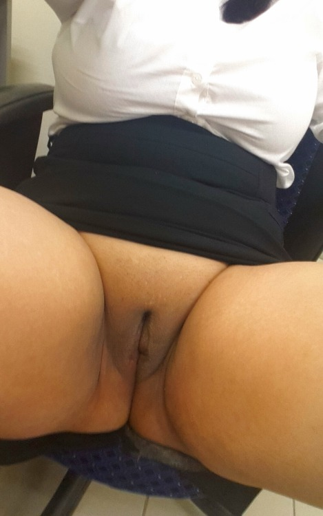 thickloadsforcumsluts:a-teasing-slut:And the finale.No panties. On the chair. On my office desk.Legs spread. Heels on.FUCK ME PLEASE!Like and reblog xxATSseriously… what a gorgeous meaty bald slit… a perfect place for daddy to dump a thick load(looking forward to your return teasing slut)