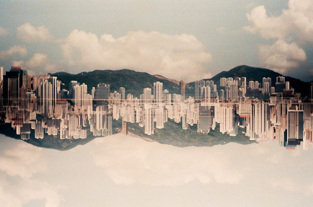 Twin Hong Kong by popoandrew on Flickr.