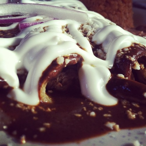 Enchiladas de mole :) lunch date with my aunts @omi612