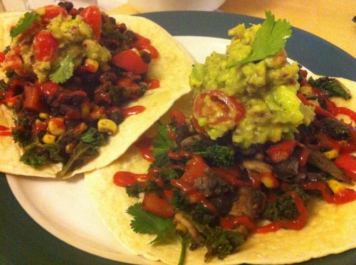 Burritos with black beans, sweetcorn, kale, mushrooms, pepper, guacamole, coriander and sriracha (Home meal)