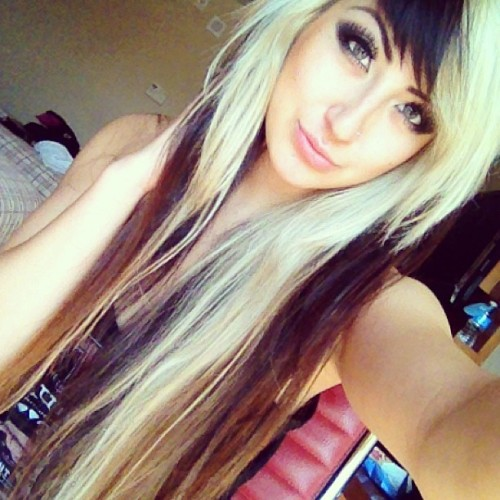 allisongreen:  I just want to party with you tonight Tempe, AZ. #allisongreen #millionaires #party #tempe #arizona (at Rocky Point Cantina)