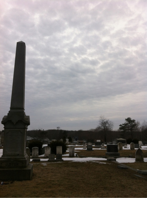 sloy:  Taking a cool walk through the graveyard