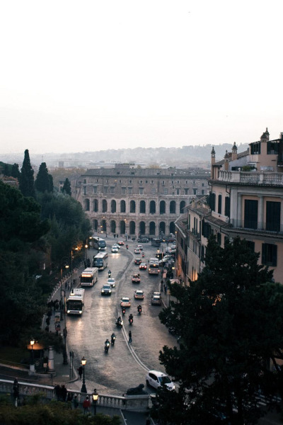 metronudes:  Rome (by hello it's joe)