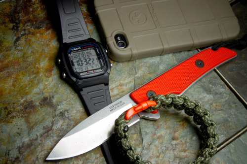 everyday-cutlery:  Kershaw Skyline Fixed Blade + Casio + Magpul by oldstudios