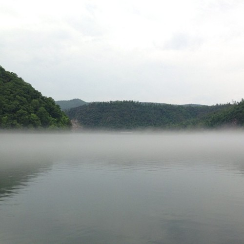 cool foggy lake at the end #tailofthedragon#sowo#sowo7#sowo2013