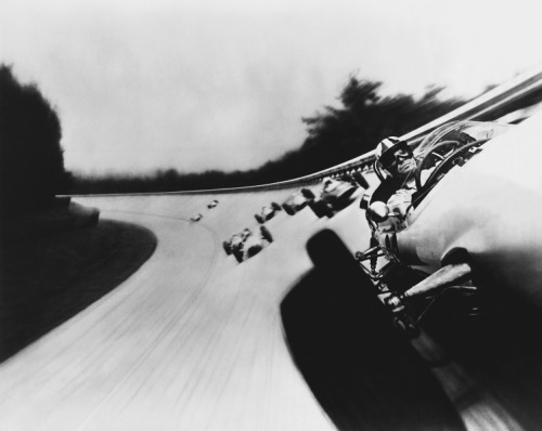 mpdrolet:  Grand Prix Monza, 1966 Otto Ludwig Bettmann   This is awesome