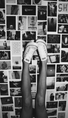 photography girl Black and White shoes beautiful hipster room Boots allstar