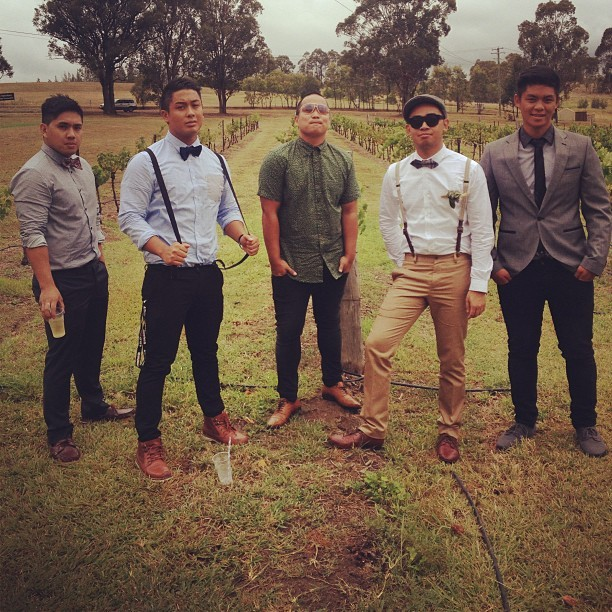 Filipino Mumford & Sons. #countrywedding