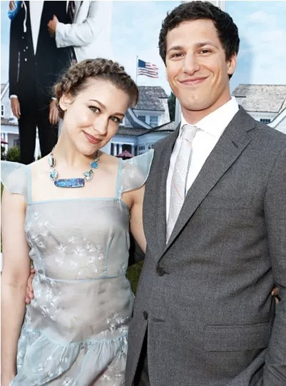 Congratulations to Andy Samberg and Joanna Newsom! The happy couple of 5 years is engaged!!
