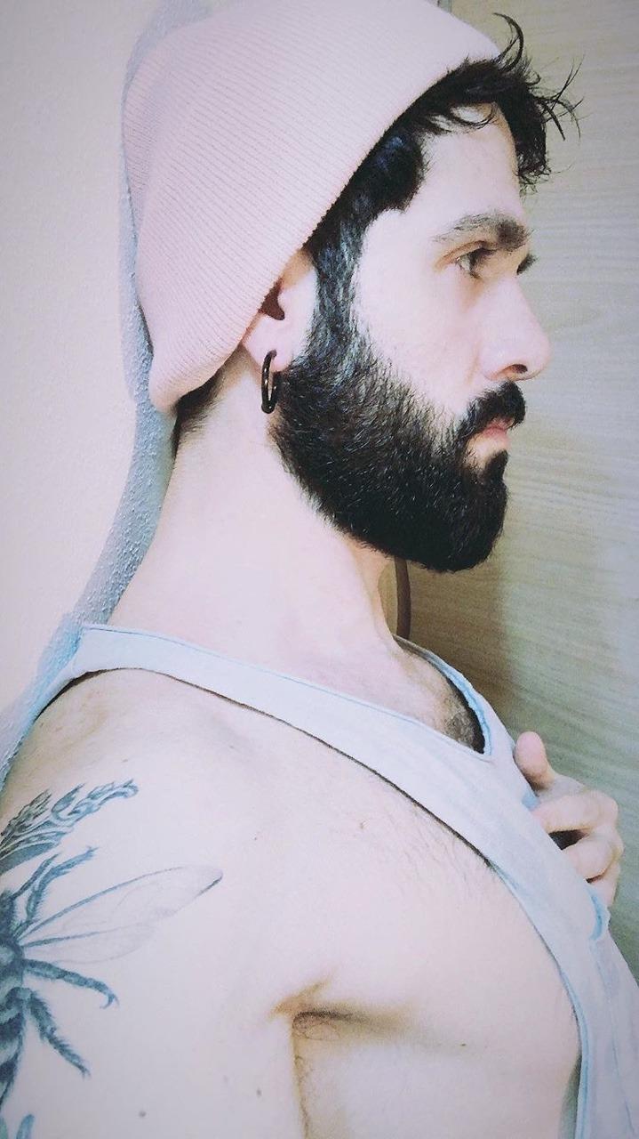 2019-01-04 02:16:43 - mralessandrovinci instagram beardburnme http://www.neofic.com