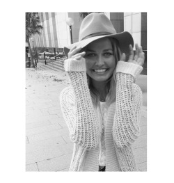 being-lara-bingle:  edited