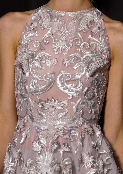 doll4rs:  monsieur-j:  Valentino Couture S/S 2013 Runway Details   so pretty