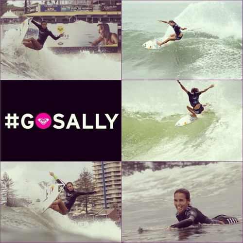 @sally_fitz through to the quarters at the #roxypro! #gosally