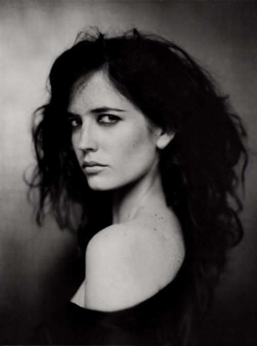 pontellierpicks:  kitty-en-classe:  Eva Green  The only celebrity you will ever find me reposting.